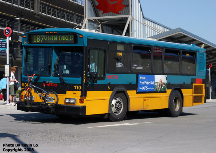 King County Metro Transit (KC Metro) Gillig Phantom Bus Photos